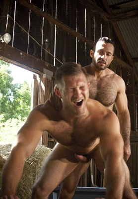 rearstable two dudes fucking each other in a barn
